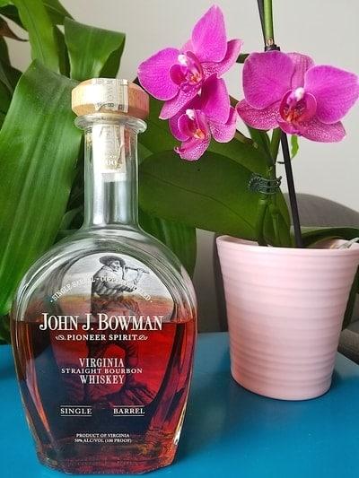 bowman single barrel bourbon compressed